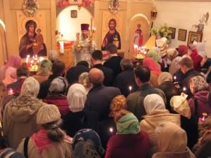 Приходской дом при Свято-Духовском храме и Богослужение в нем
